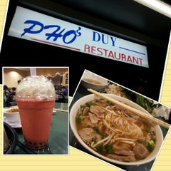Photo taken at Pho Duy by Roaya G. on 1/20/2013