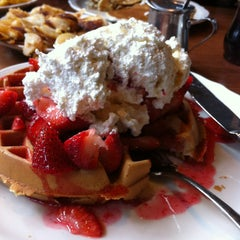 Photo taken at Original Pancake House by Zisa S. on 5/18/2013