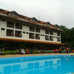 Photo taken at Hotel Alpino by Deijivan H. on 5/30/2013