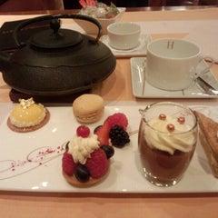 Photo taken at La Table D'Hédiard by noriko on 11/14/2012
