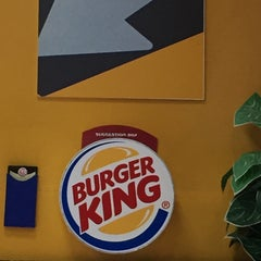 Photo taken at Burger King by Chrizie on 5/26/2015