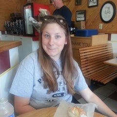 Photo taken at New York Bagel & Deli by Les S. on 7/13/2014