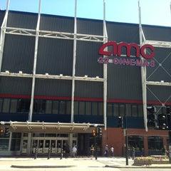 Photo taken at Cineplex Odeon Forum Cinemas by Yuri T. on 7/13/2013
