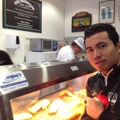 Photo taken at Fishermans Fish & Chip Shop by Illias mokhtar I. on 11/18/2012