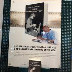 Photo taken at Casa del Libro Zaragoza by Pablo M. on 12/28/2012
