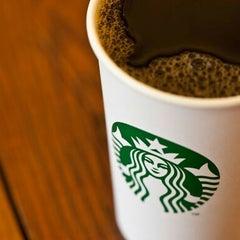 Photo taken at Starbucks by Gusti Adi N. on 10/5/2012
