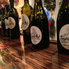 Photo taken at Twisted Oak Winery Murphys Tasting Room by H C. on 12/29/2012