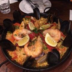 Photo taken at Encasa Restaurant by Pruedence P. on 8/10/2015