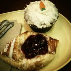 Photo taken at Panera Bread by Seda T. on 10/22/2012