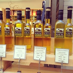 Photo taken at Stonehouse California Olive Oil by Marg1e on 2/3/2014