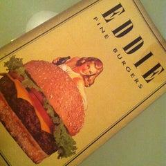 Photo taken at Eddie Fine Burgers by Rogerio M. on 11/9/2012