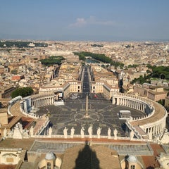 Photo taken at Basilica di San Pietro in Vaticano by Pavel M. on 7/24/2013