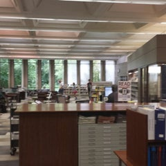 Photo taken at Highland Park Public Library by Robert K. on 7/31/2013