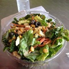 Photo taken at Blatt Salat Haus by Lulu S. on 5/28/2014