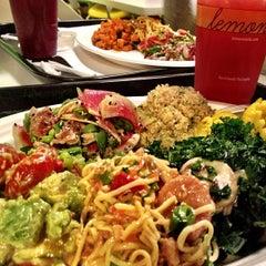 Photo taken at Lemonade Venice by Isabella K. on 11/6/2012