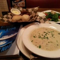 Photo taken at Mimi's Cafe by :-) Hyacinth P. on 4/19/2014