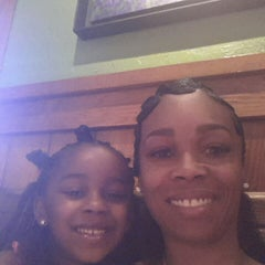 Photo taken at Outback Steakhouse by Tanya C. on 8/23/2014