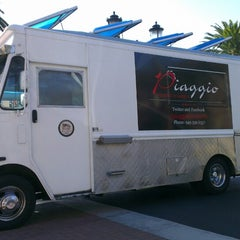 Photo taken at Piaggio Gourmet on Wheels by Ahmed K. on 3/17/2013