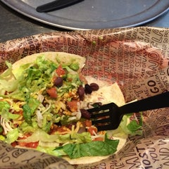 Photo taken at Chipotle Mexican Grill by Sandhya S. on 6/7/2015