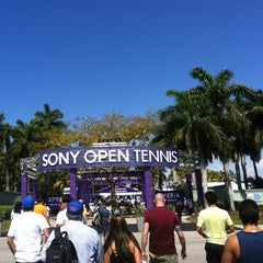 Photo taken at Crandon Tennis Center by Marcio B. on 3/31/2013