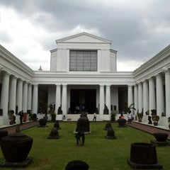 Photo taken at Museum Nasional Indonesia by Endi G. on 1/3/2013