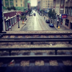 Photo taken at CTA - Bryn Mawr by Tyler F. on 10/13/2012