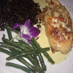 Photo taken at Harry's Continental Kitchen by Dining with Delia J. on 11/7/2014