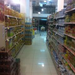 Photo taken at Reis Supermarket by Mehmet Fatih A. on 4/20/2013