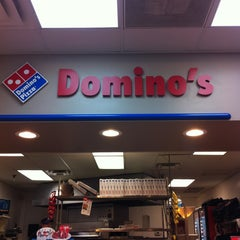 Photo taken at Domino's Pizza by Cleber M. on 5/15/2013