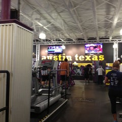 Photo taken at Planet Fitness by Kathryn R. on 8/29/2013