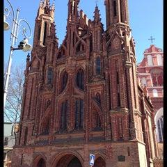 Photo taken at Šv. Onos Bažnyčia   St Anne's Church by Igor K. on 4/21/2013