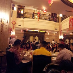 Photo taken at Sun City Restaurant and Luxury Club by Fenny W. on 2/9/2013