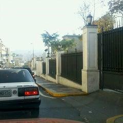 Photo taken at Palacio de Miraflores by Jose Rafael C. on 3/6/2013
