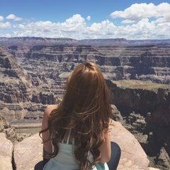 Foto tirada no(a) The Grand Canyon por Inah B. em 5/25/2015