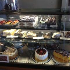 Photo taken at Ettore's European Bakery & Restaurant by Stephen G. on 11/5/2012