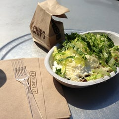 Photo taken at Chipotle Mexican Grill by Emily J. on 3/29/2013