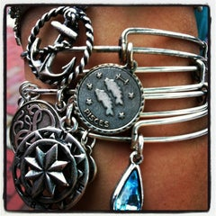 Photo taken at ALEX AND ANI Newport by Irini H. on 6/28/2013