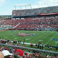 Photo taken at Florida Citrus Bowl by Fred L. on 1/1/2013