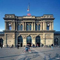 Photo taken at Mainz Hauptbahnhof by Deutsche Bahn on 11/30/2012