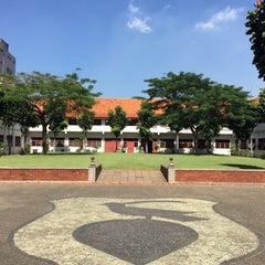 Photo taken at Gedung Arsip Nasional by Airin Y. on 3/18/2015