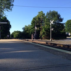 Photo taken at Metro North / NJT - Sloatsburg Station (MBPJ) by Daouna J. on 6/7/2014