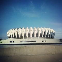 Photo taken at Hampton Coliseum by K M. on 10/18/2013