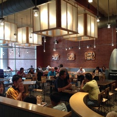 Photo taken at Chipotle Mexican Grill by King E. on 10/18/2014