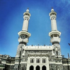 Photo taken at The Holy Mosque (المسجد الحرام) by Efekan Y. on 3/25/2013