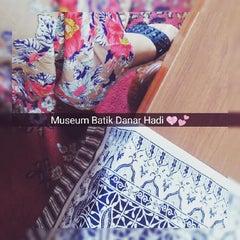 Photo taken at Museum Batik Kuno Danar Hadi by Novi I. on 2/3/2016