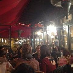Photo taken at Café Parisien by Nuinub🚀 M. on 3/5/2014