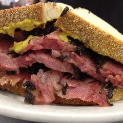 Photo taken at Katz's Delicatessen by Matthew K. on 4/7/2013