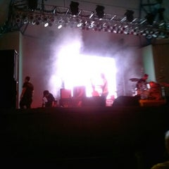 Photo taken at Tire Kingdom Stage @ Sunfest by Donna Q. on 5/5/2013