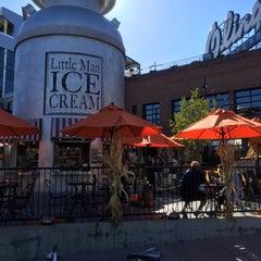 Photo taken at Little Man Ice Cream by Jeff M. on 10/2/2014