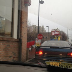 Photo taken at Wendy's by Natasha D. on 12/18/2012